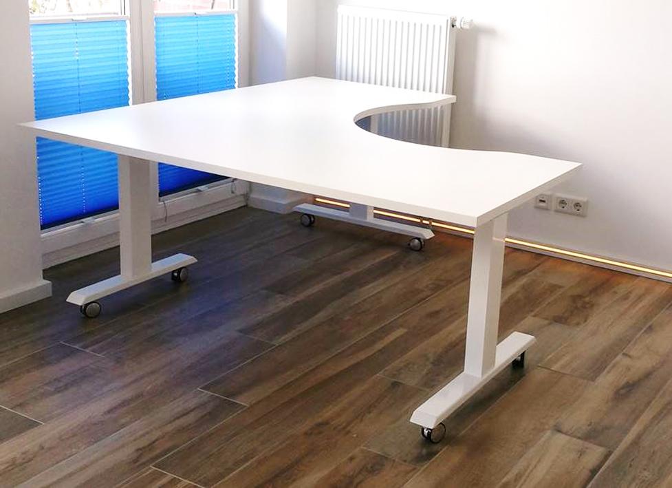 Büro Schreibtisch Über Eck 2021