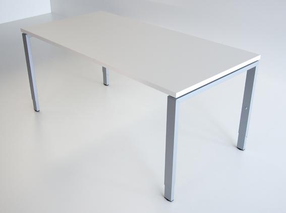 Bla Büro Liebt Ausstattung Büroeinrichtung Schreibtische Pendo